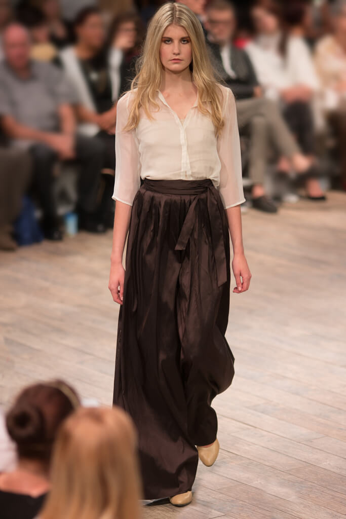 Lunar Silk Chiffon Top and Pleated Silk Trousers Eveningwear