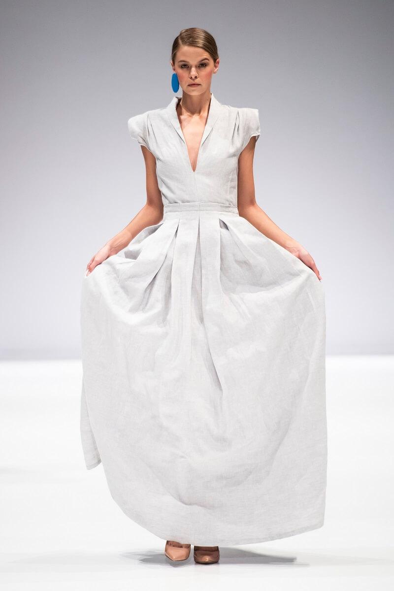 grey linen akari dress by Lunar