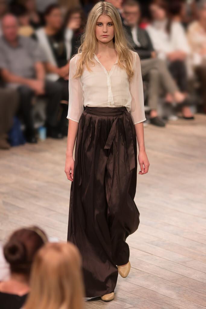 Lunar Silk Chiffon Top and Pleated Silk Trousers Eveningwear